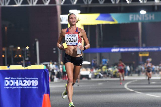 Marcela Joglová při závodě v Dauhá,  kde vybojovala 20. místo v maratonu na MS 2019 | foto: archiv Marcely Joglové