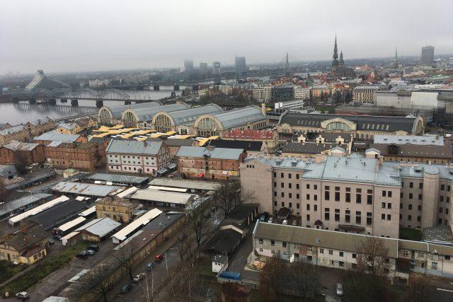 Lotyšské hlavní město Riga, kde více než rok nedobrovolně pobývá Vladislav Kozák.